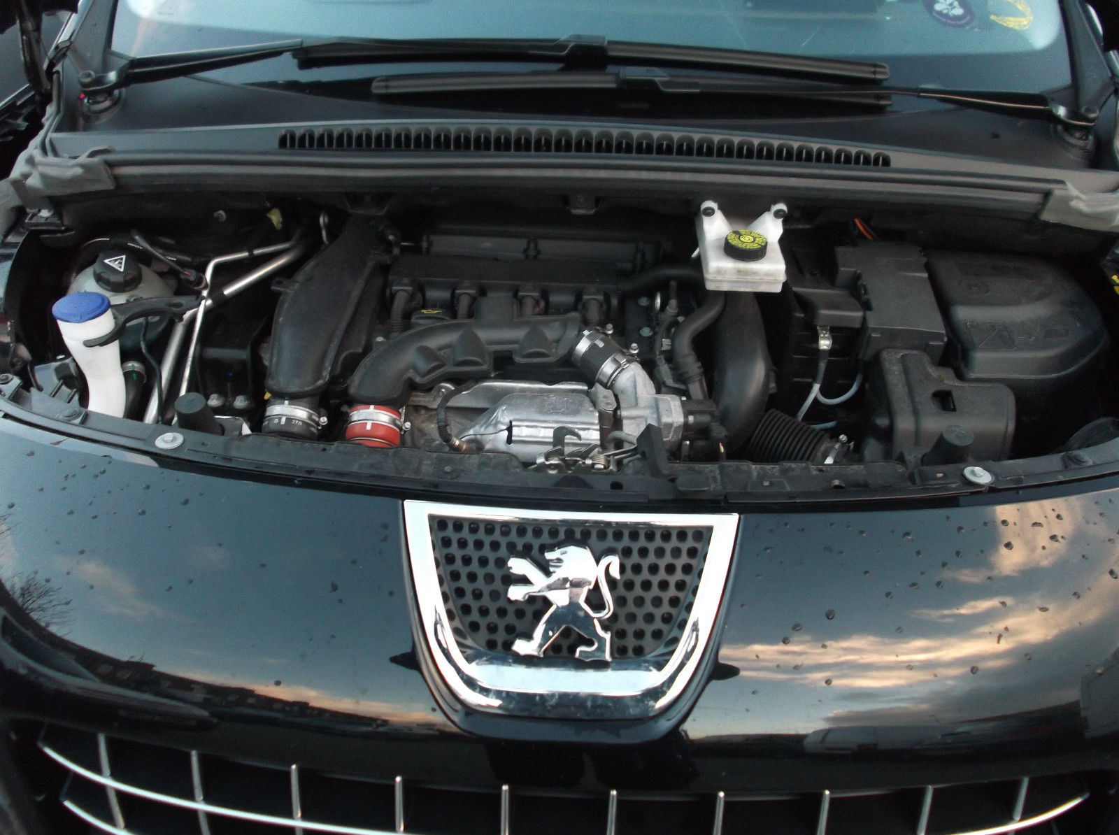 Peugeot 3008 Mpv 1.6 Petrol